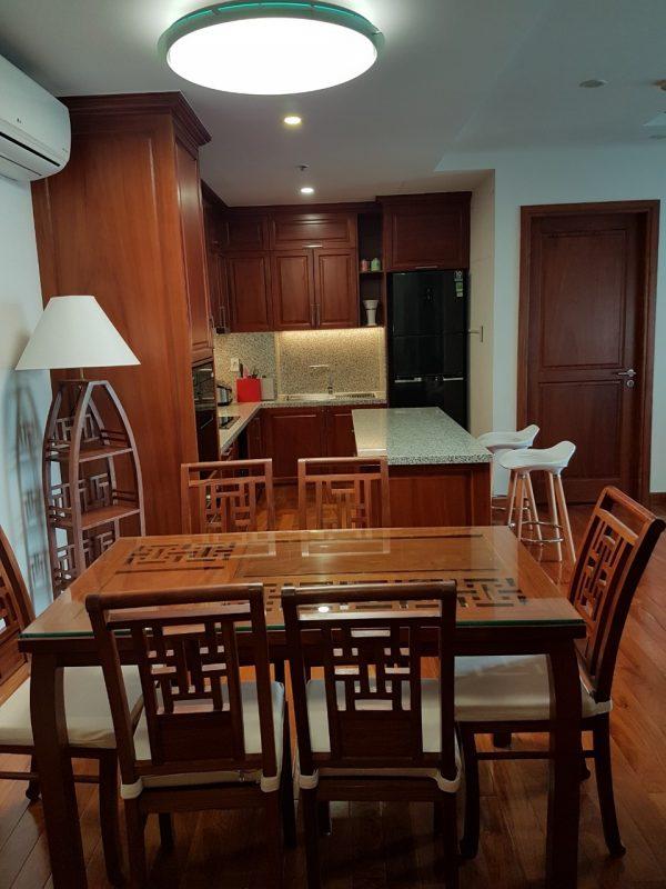 Tủ bếp gỗ gõ đỏ Tb009