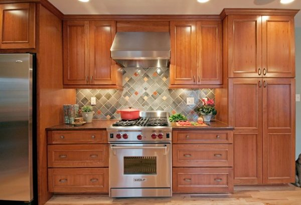 Tủ bếp gỗ sồi TB004