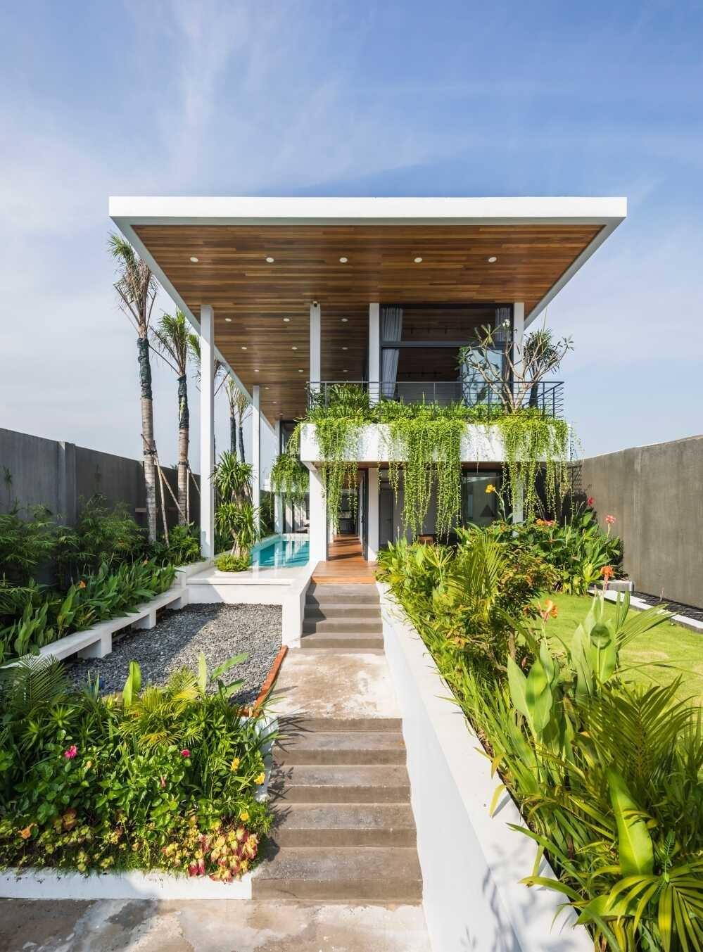 Resort Tại Gia ẩn Mình Sau Tường Bao 7 Mét