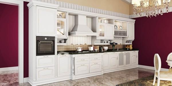 Tủ bếp gỗ căm xe màu trắng theo phong cách hoàng gia